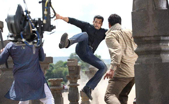 On the sets of Dabbang 2