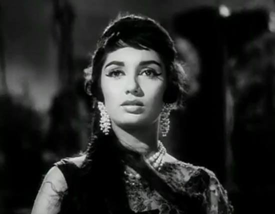 Sadhana in Woh Kaun Thi