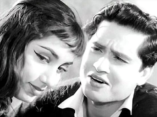 Sadhana and Joy Mukherjee in Ek Musafir Ek Haseena