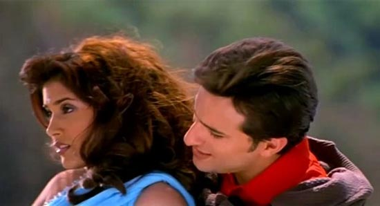 Sonali Kulkarni and Saif Ali Khan in Dil Chahta Hai