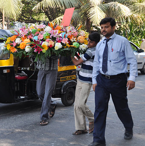 Fans take bouquet to Salman Khan's residence