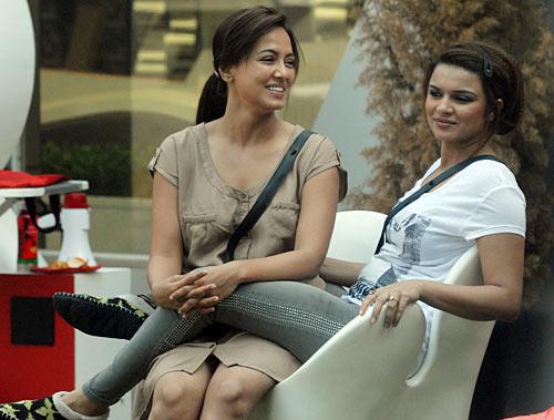 Sana Khan and Aashka Goradia