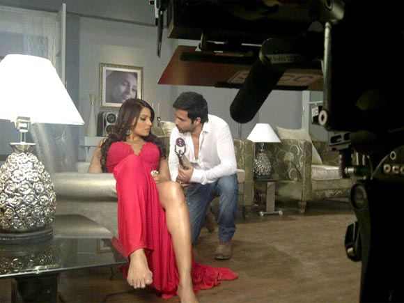 Bipasha Basu and Emraan Hashmi shoot for Raaz 3