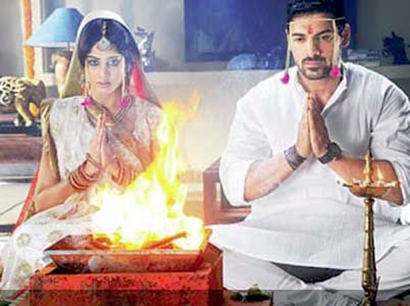 Genelia D'Souza and John Abraham in Force