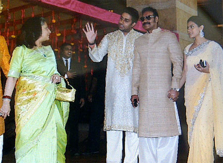 Abhishek and Jaya Bachchan, Ajay Degn and Kajol