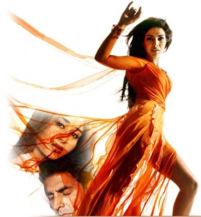 Akshay Kumar, Kareena Kapoor and Priyanka Chopra in Aitraaz