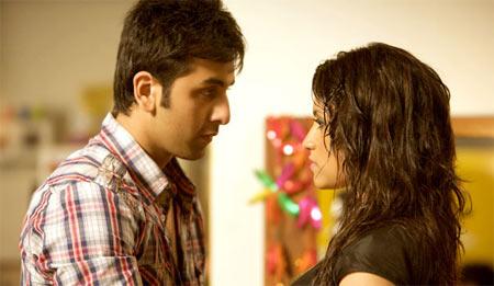 Ranbir Kapoor and konkona Sen Sharma in Wake Up Sid