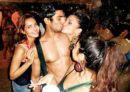 Shazahn, Prateik and Amy Jackson