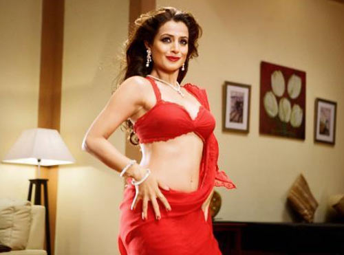 Ameesha Patel in Chatur Singh 2 Star