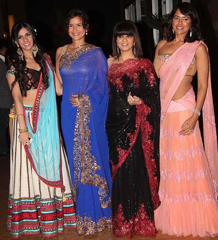 Nishka Lulla, Sushma Reddy, Neeta Lulla and Sameera Reddy