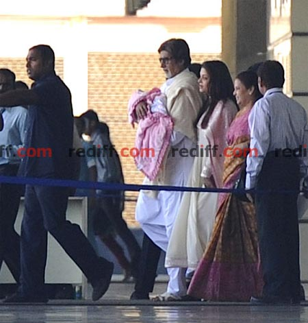 Aishwarya Rai Bachchan, Amitabh Bachchan and Vrinda Rai