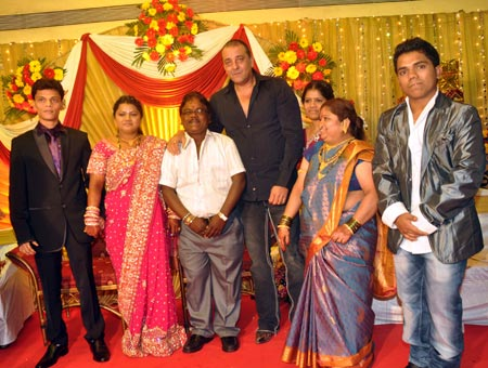Sanjay Dutt with Subhash Telure and family