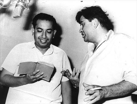 Mahendra Kapoor with Raj Kapoor