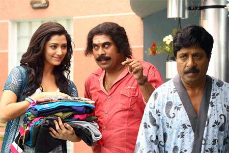 A scene from Padmashree Bharat Dr Saroj Kumar