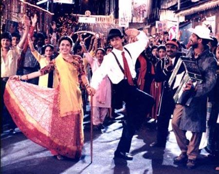 A scene from Raju Ban Gaya Gentleman