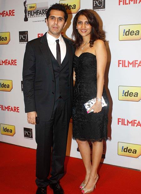 Ritesh Sidhwani with wife Dolly