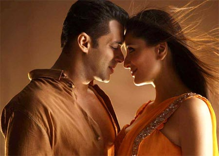 Salman Khan and Kareena Kapoor in Bodyguard