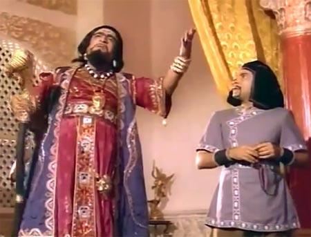 Kader Khan in Pataal Bhairavi