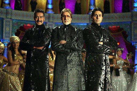 Ajay Devgn, Amitabh Bachchan and Abhishek Bachchan in Bol Bachchan