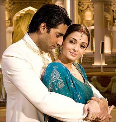 Abhishek Bachchan and Aishwarya Rai Bachchan in Guru