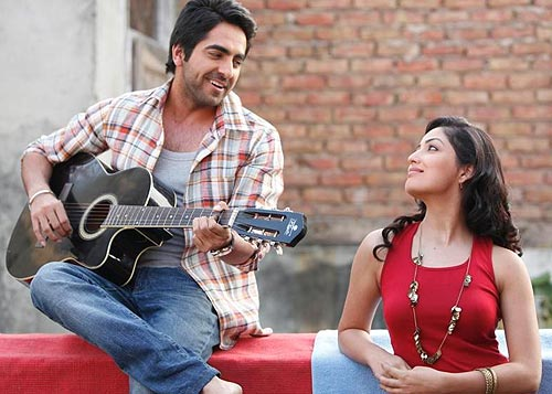 Ayushmann Khurana and Yami Gautam in Vicky Donor