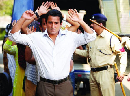 Akshaye Khanna in Galli Galli Chor Hai
