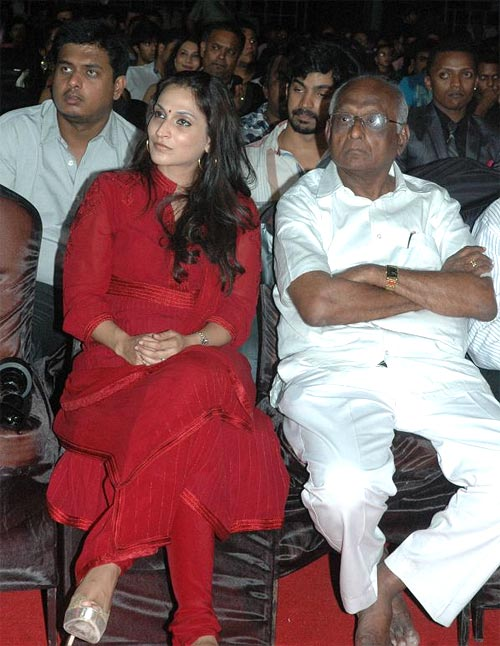 Aishwarya and  SP Muthuraman