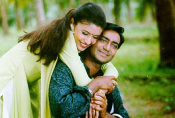 Neha and Ajay Devgn in Hogi Pyaar Ki Jeet