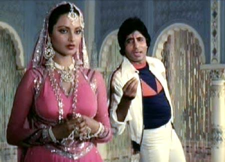 Muqqadar Ka Sikander directed by Prakash Mehra dialogues by Kader Khan