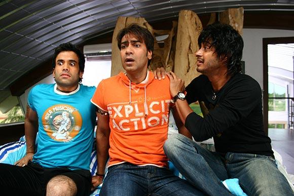 Tusshar Kapoor, Ajay Devgn and Shreyas Talpade in Golmaal