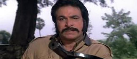 Kader Khan in Vardi