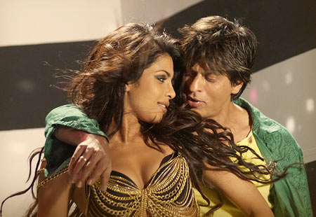 Priyanka Chopra and Shah Rukh Khan in Billu
