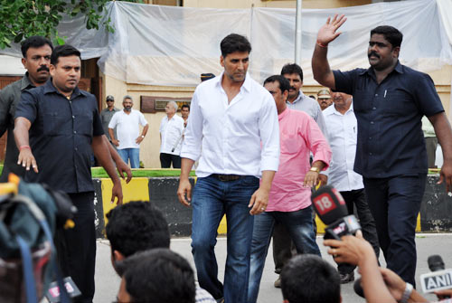 Bollywood bids farewell to Rajesh Khanna
