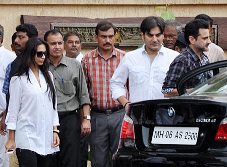 Arbaaz Khan, Malaika Arora Khan and Sanjay Kapoor
