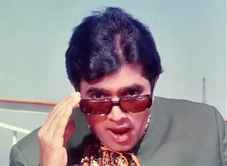 Rajesh Khanna in Sachaa Jhutha