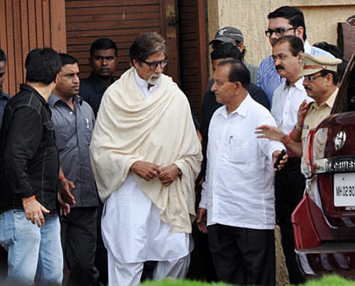 Amitabh Bachchan at Ashirwad