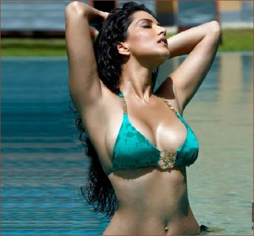 sunny-leone-shares-interesting-image-instagram-tol
