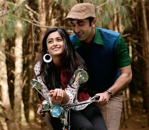 Ranbir Kapoor, Ileana D'Cruz in Barfi