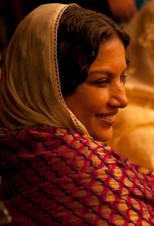 Shabana Azmi as Naseem