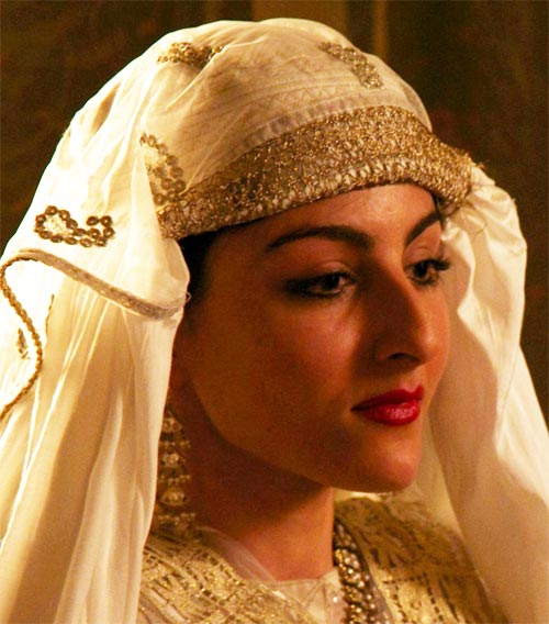 Soha Ali Khan as Jamila