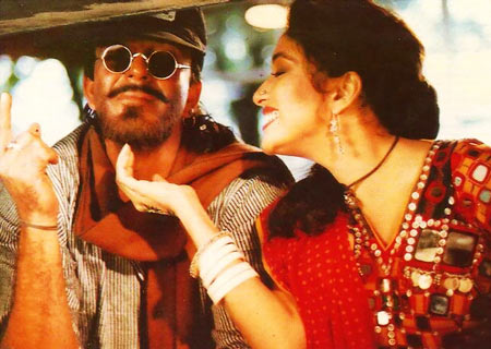 Sanjay Dutt and Madhuri Dixit in Khalnayak
