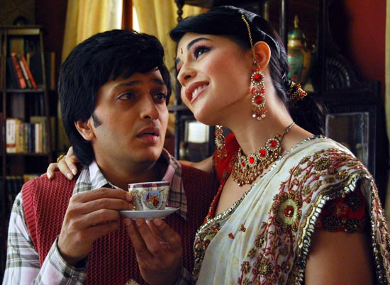Riteish Deshmukh and Jacqueline Fernandez in Aladdin