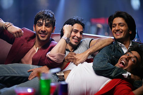Zayed Khan, Dino Morea, Riteish Deshmukh and Aashish Choudhry in Fight Club