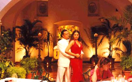 Gulshan Grover and Bipasha Basu in Jism