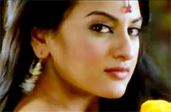 Sonakshi Sinha in Rowdy Rathore