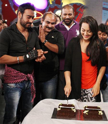 Ajay devgn, Ashwin Dhir and Sonakshi Sinha