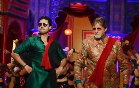 Abhishek and Amitabh Bachchan in Bol Bachchan