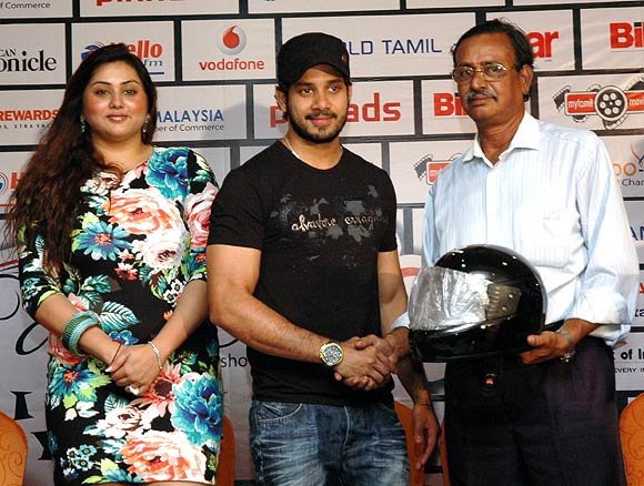 Namitha, Bharat and the organiser