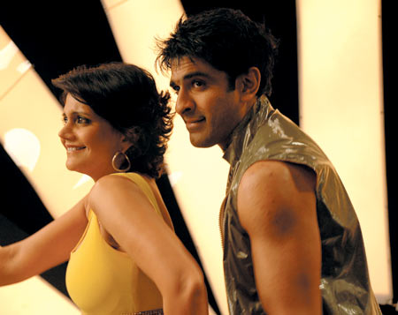 Mandira Bedi and Eijaz Khan in Meera Bhai Not Out