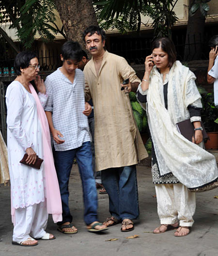 Rajkumar Hirani's mother Sheela, his son and wife Manjeet